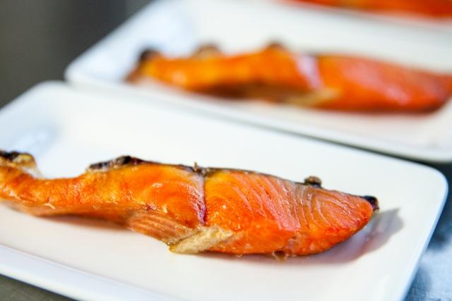 ビタミンB2を豊富に含む鮭